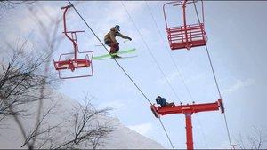 Crazy Karl grinds ski lift in Chile