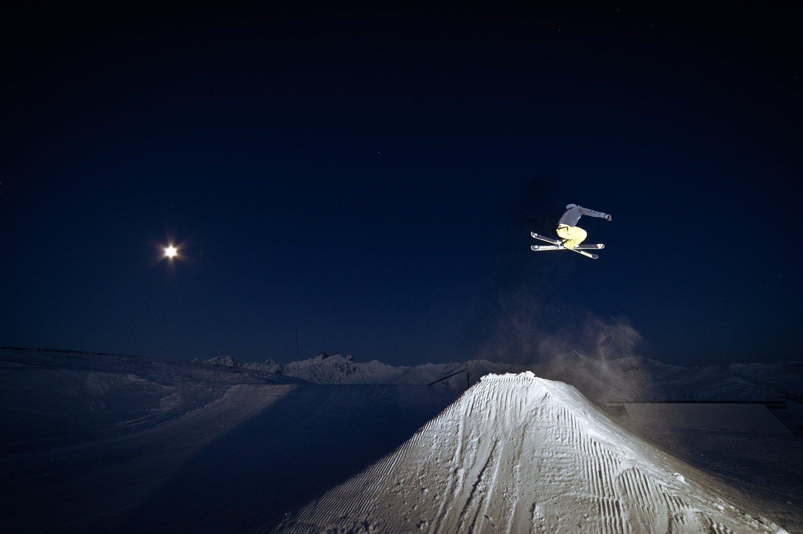 Night shot on the hip in Valloire