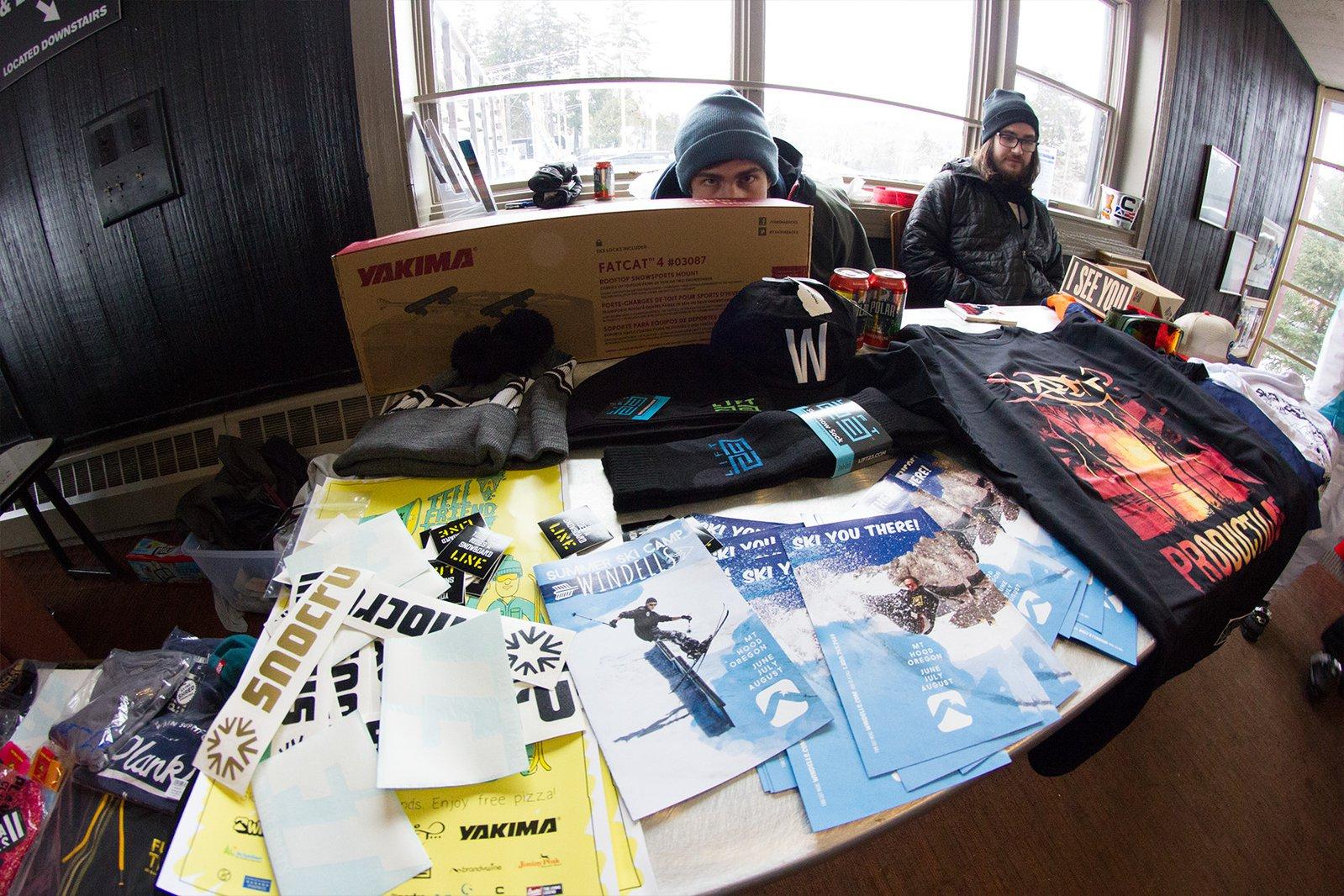 Tell A Friend Tour Mt Snow prizes