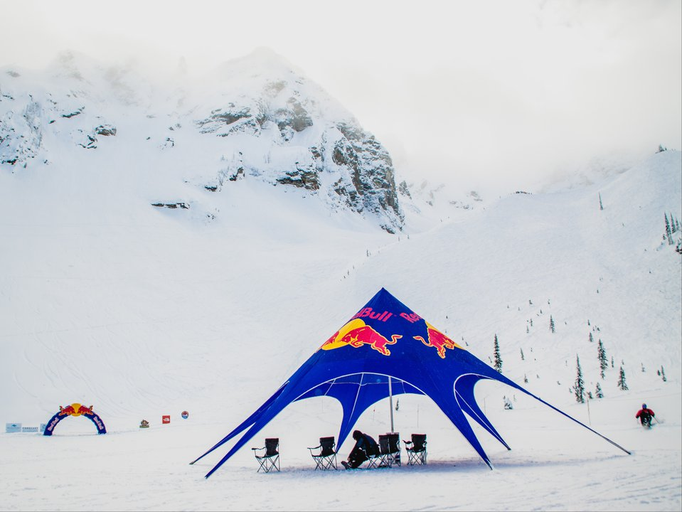 Red Bull Cold Rush: Cliffs