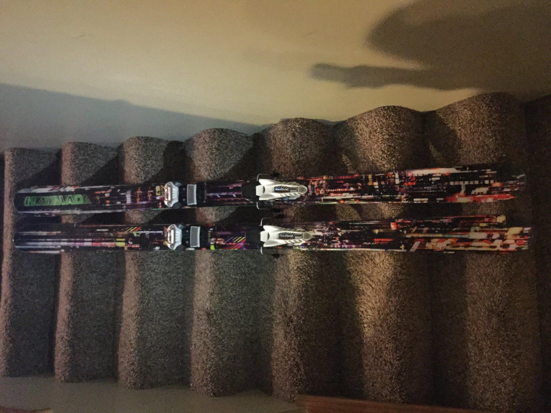 Armada Ar7 2015 skis and head ski boots size 27.5