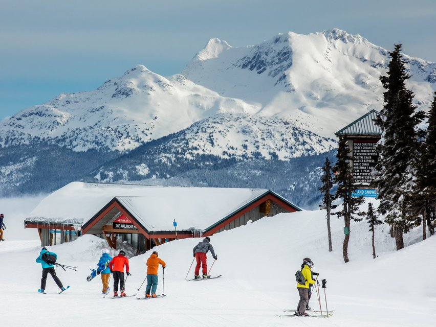 WHISTLER BLACKCOMB EXTENDS SEASON