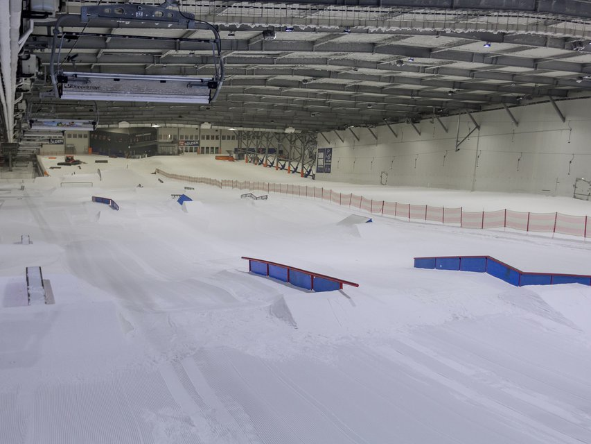 Biggest Indoor Rail Park Ever - Snowpark Bispingen