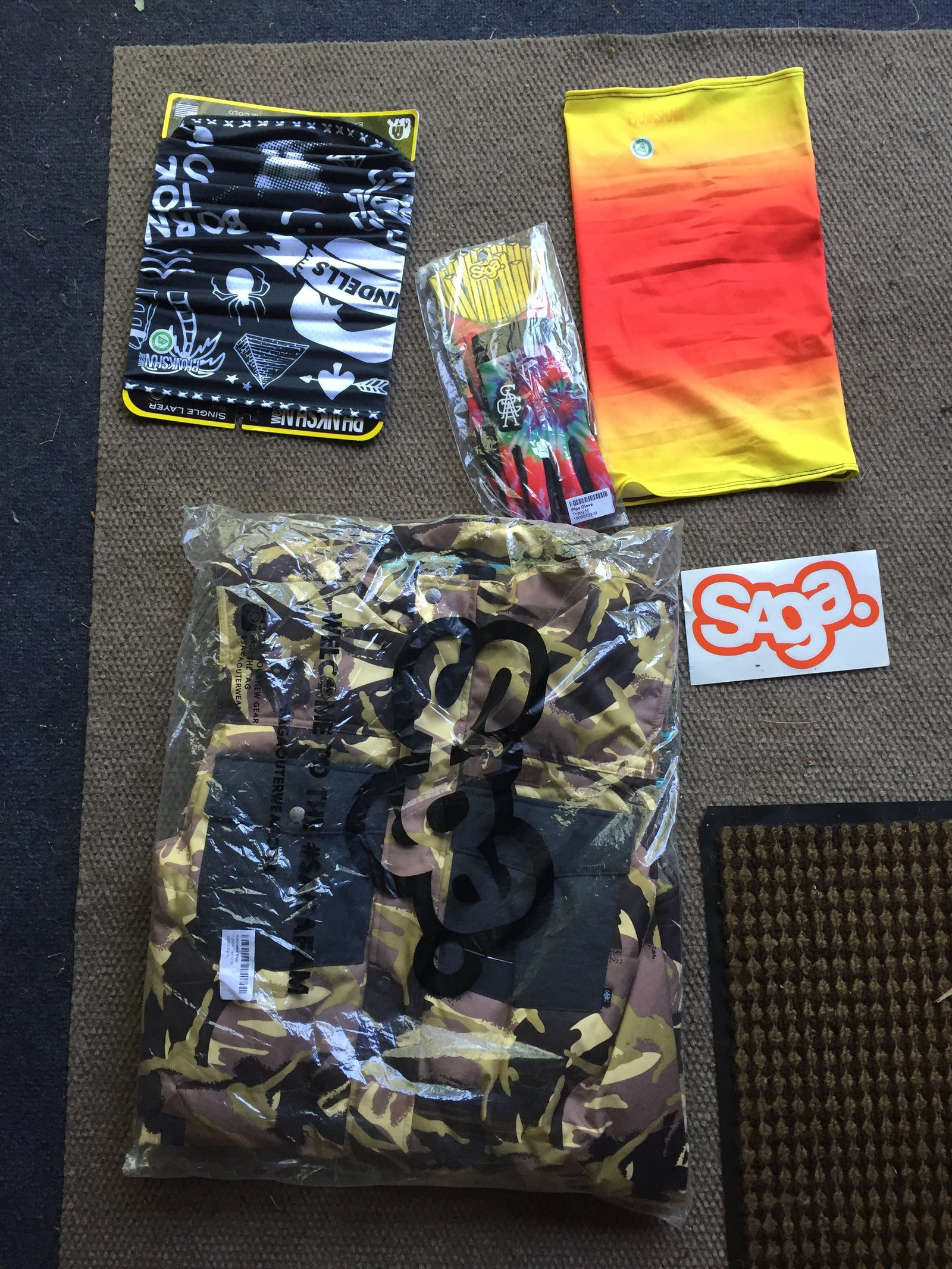 Saga vest and package 100$
