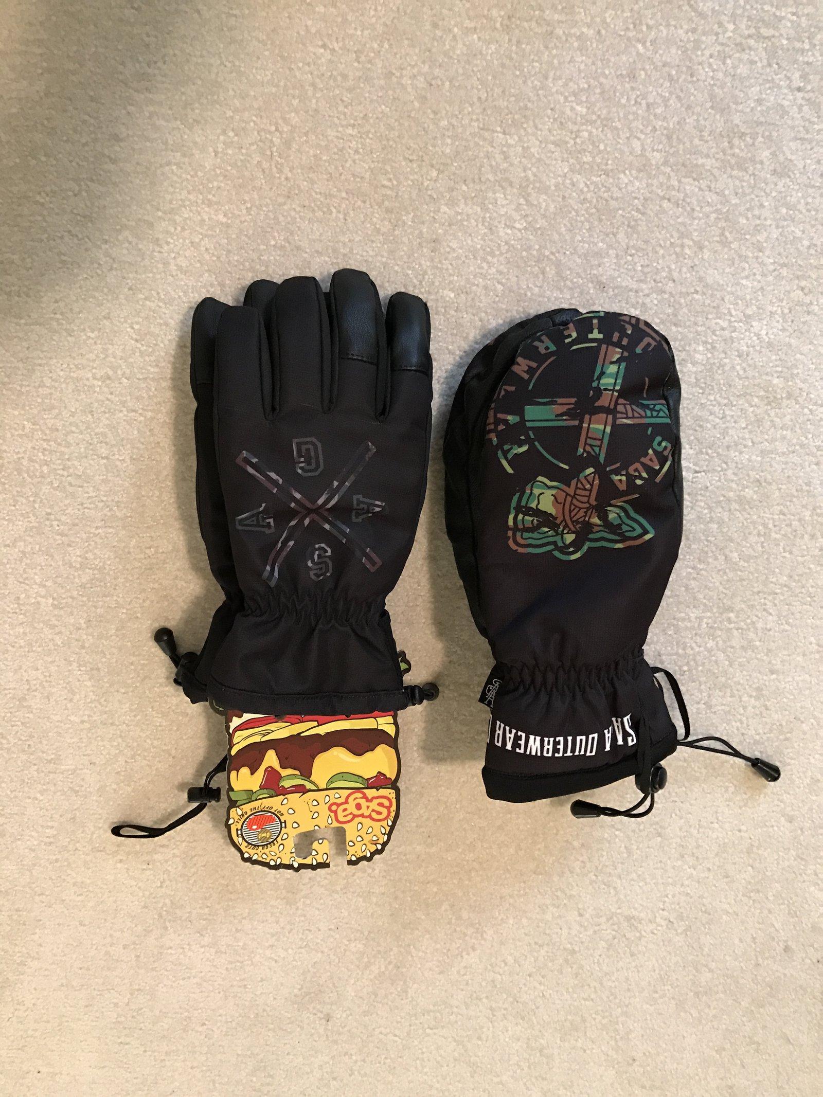 Saga Mitts / Gloves