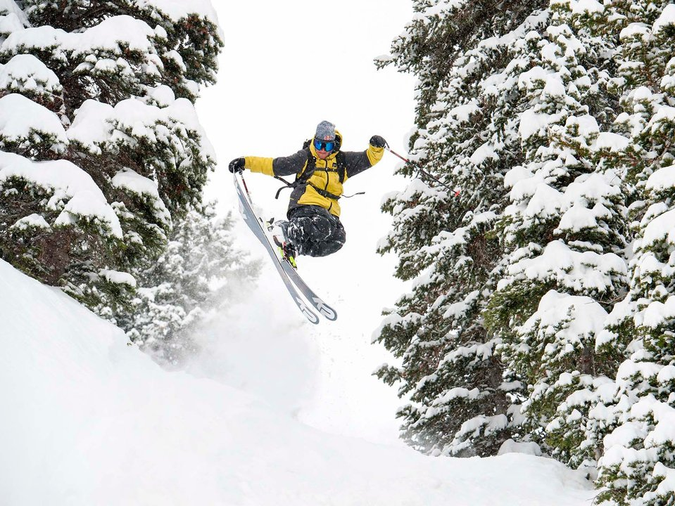 K2 Skis Extends Pettit Contract with Factory Team