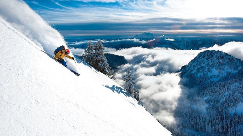 Washington Skier Dies in Avalanche
