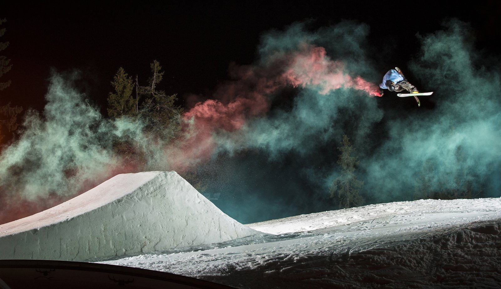 Kevin Salonius Smoke flare shoot