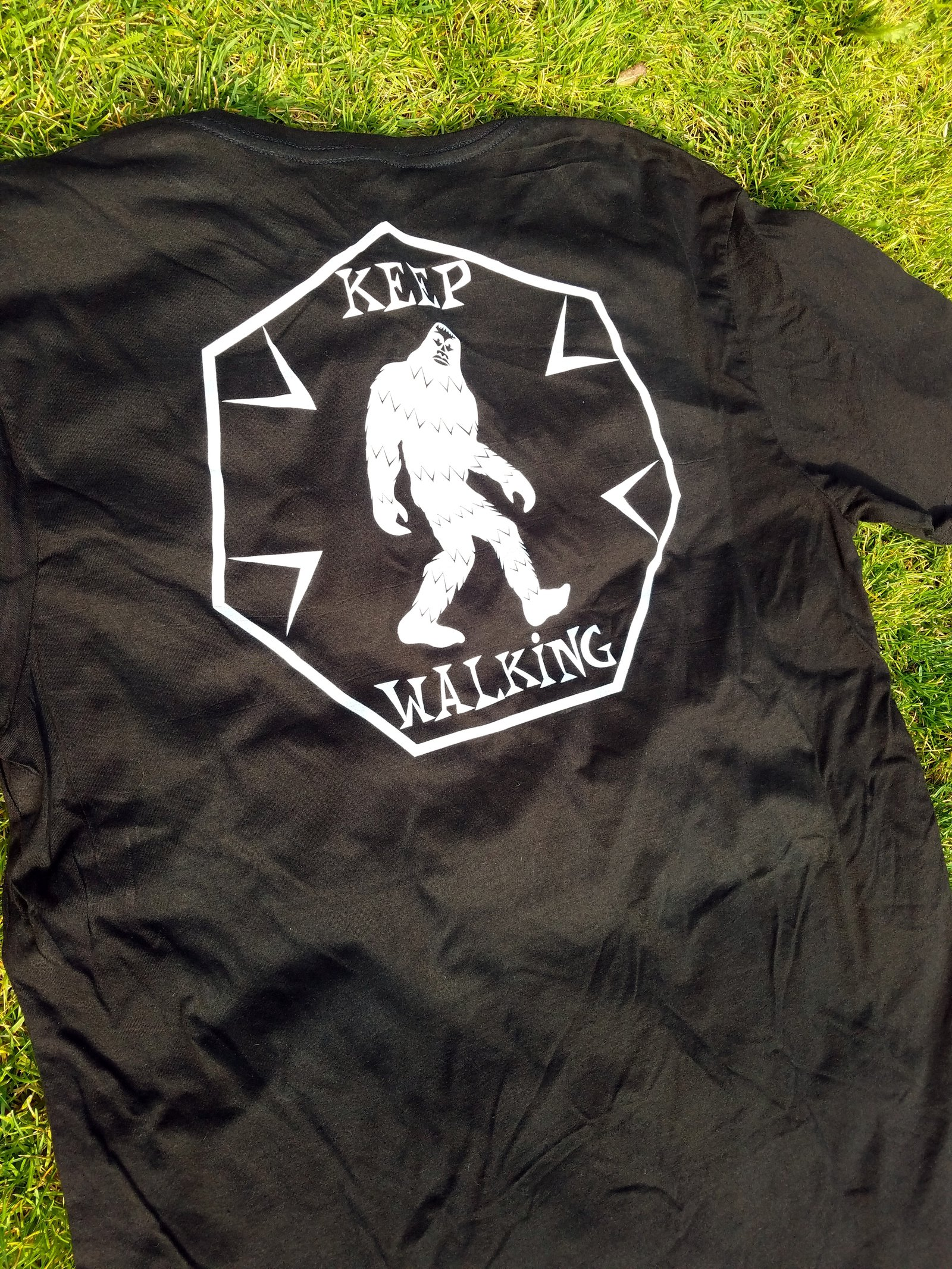 Keep Walking tee