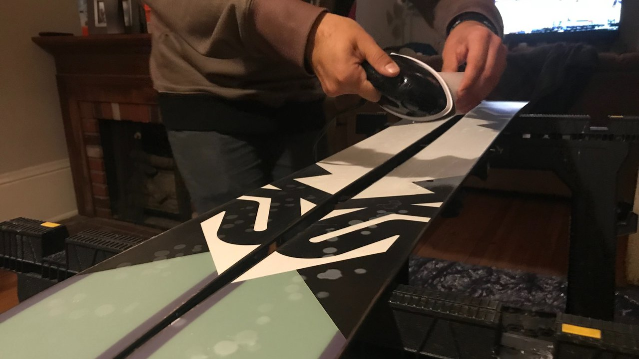 How To Wax Your Skis At Home