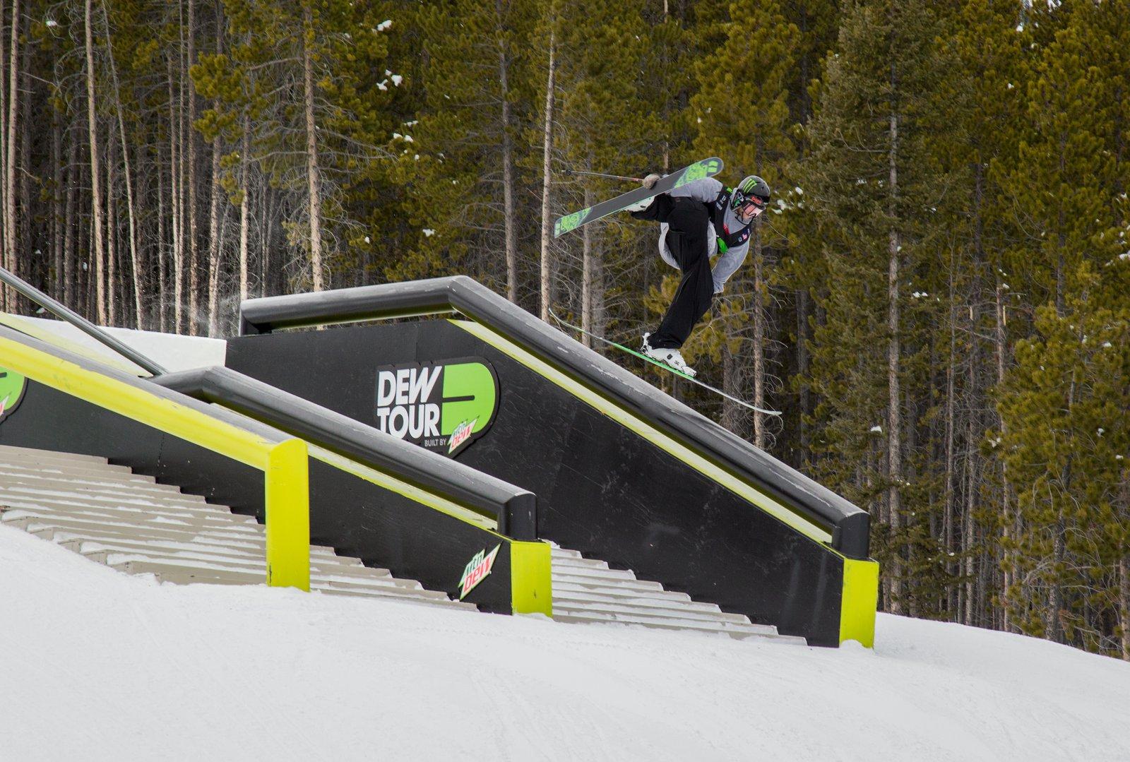 Henrik Harlaut Lip Rodeo 4 on to Backslide | Dew Tour