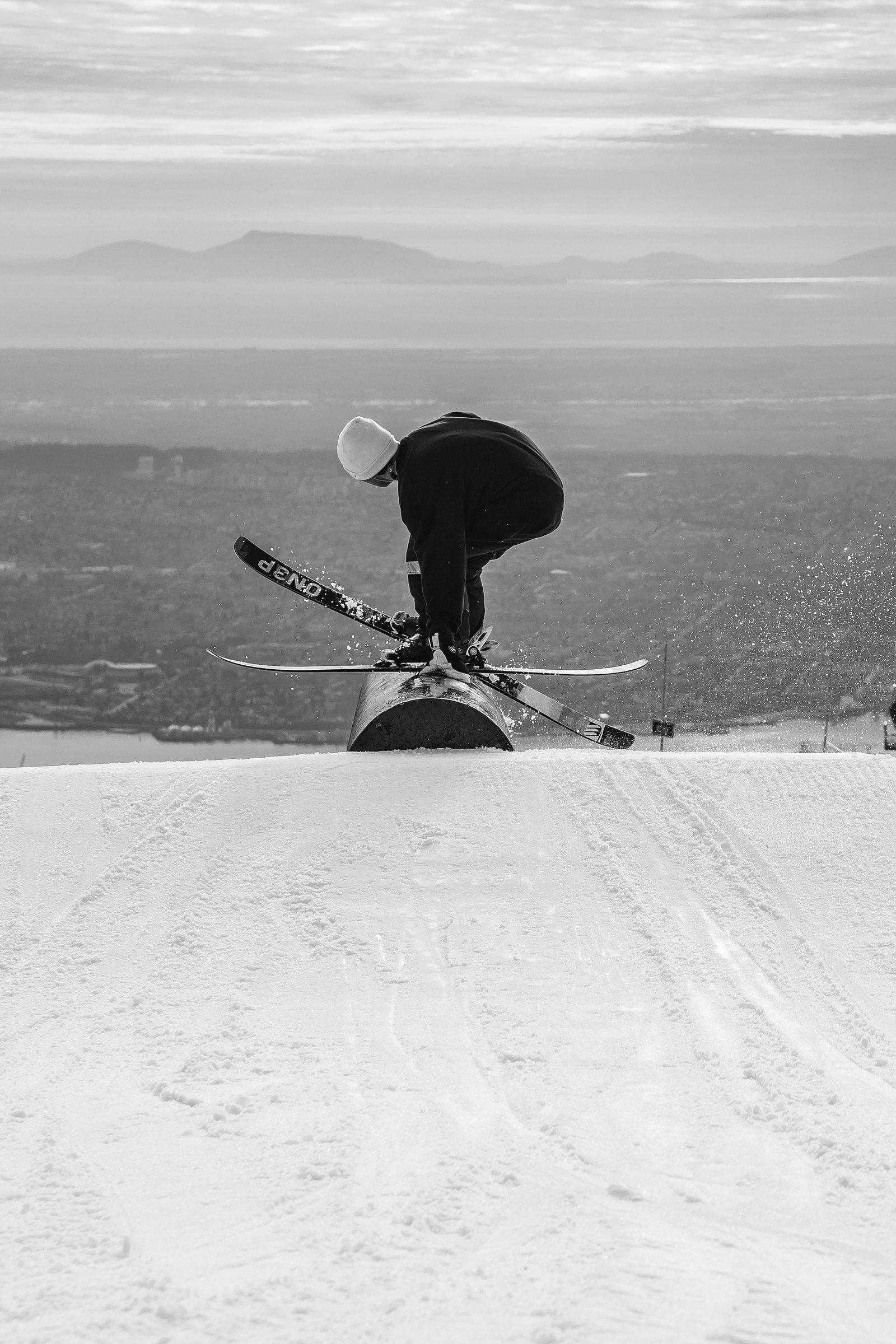 Ski to sky