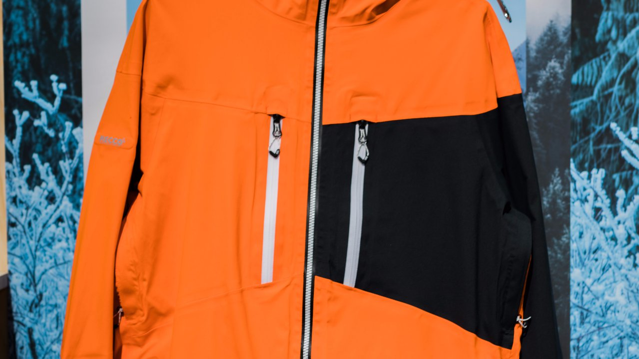 686 Outerwear 2018 - 2019