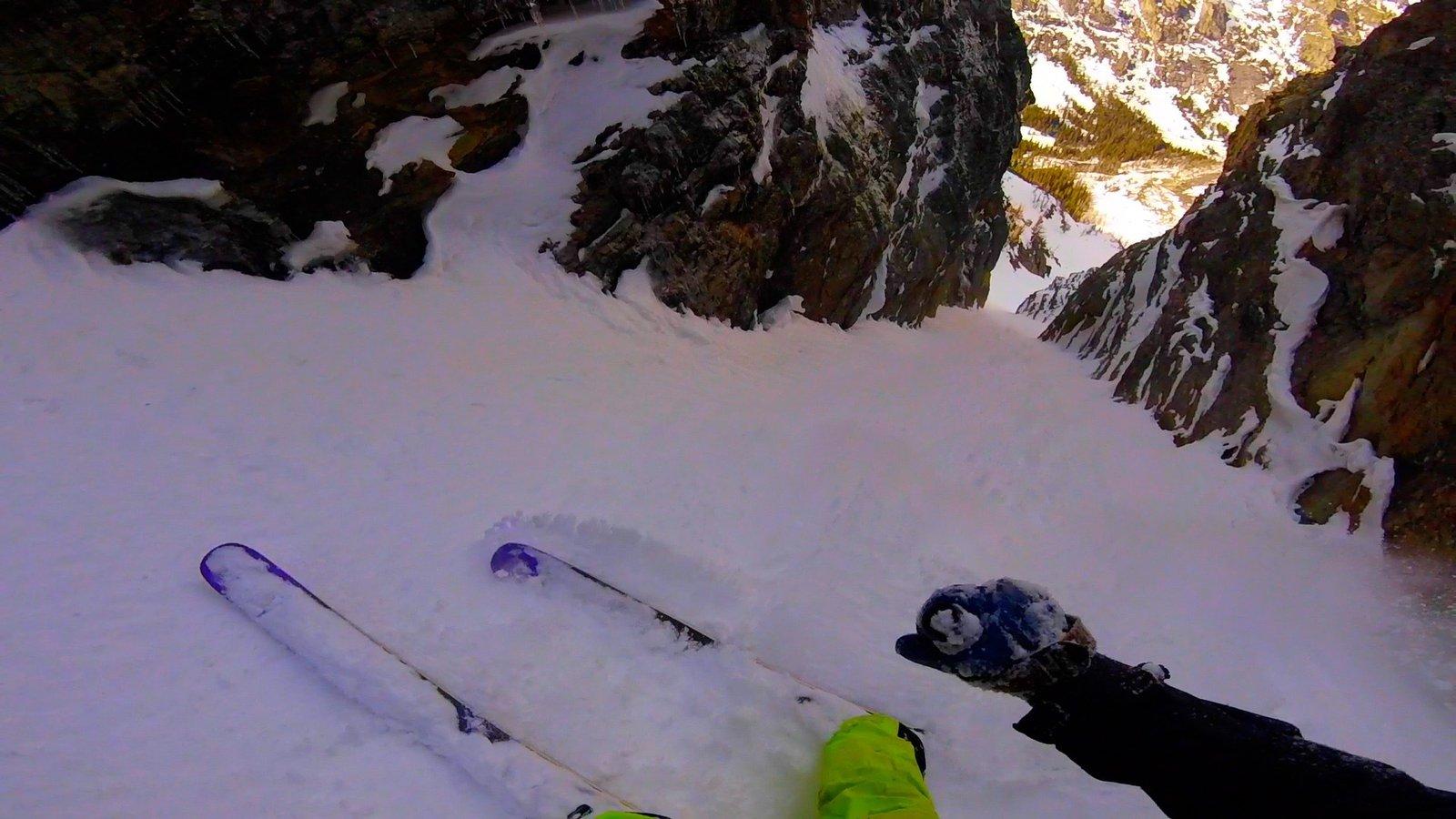Ass Skiing SZN