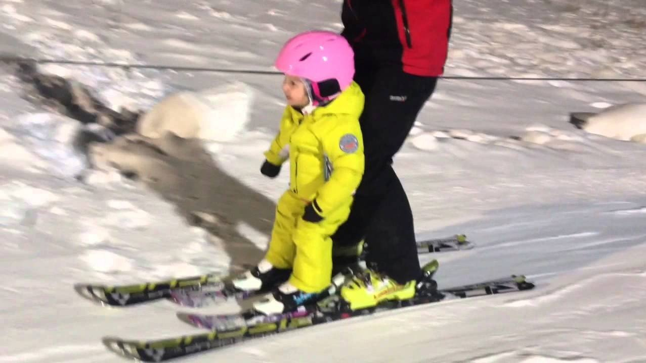 5 Month Old Ski Prodigy Is Better Than You