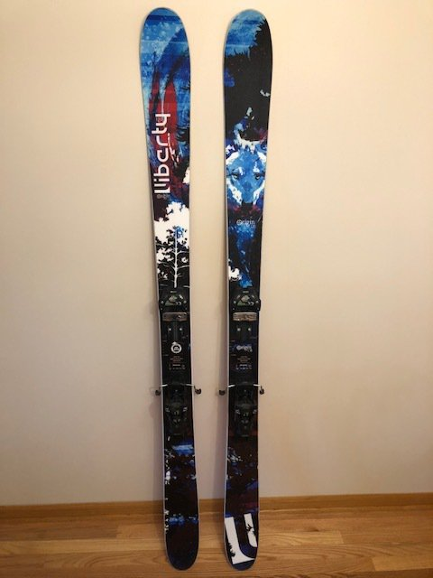 2018 Liberty Orgin 106 Demo Skis w/ Liberty Attack 13 Demo Bindings 182cm
