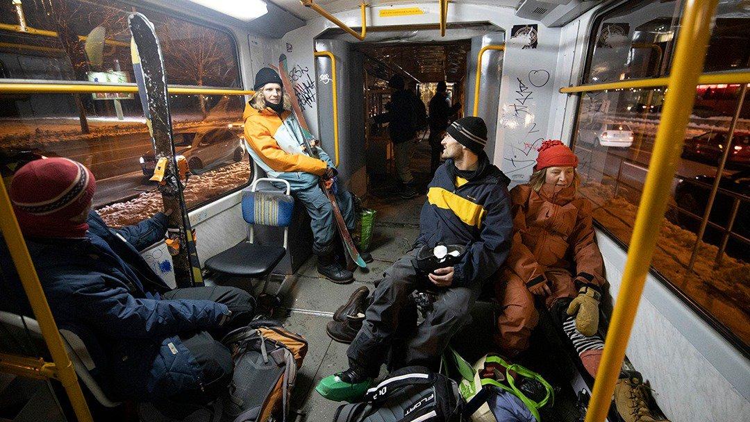 Skiing Green-er: Stanice - A train powered ski movie