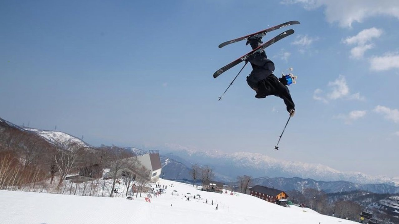 One of Japan's Illest Skiers